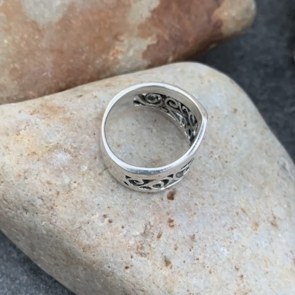Sterling Wide Pointer Ring