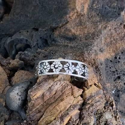 Sterling Flowers Toe Ring