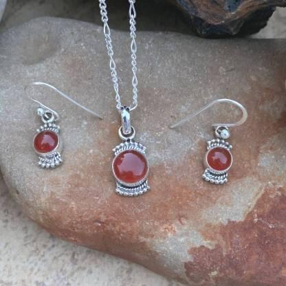Carnelian Pendant & Earrings Set