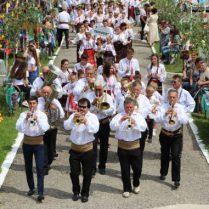 """Este o tradiţie: fanfara """"Trompetele argintii"""" deschide toate manifestările culturale din raion"""