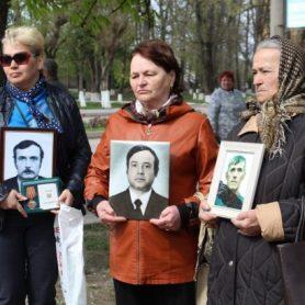 Вдовы героев свято чтят память о них
