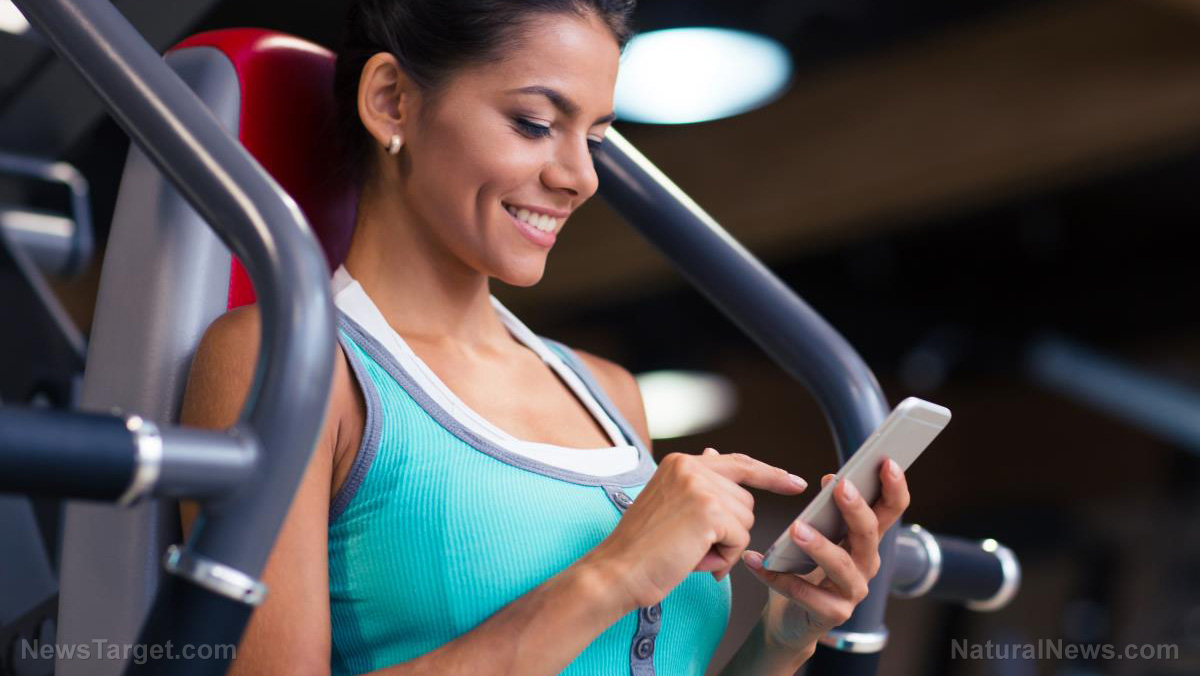 Phone-Fit-Gym-App-Exercise-Girl-Cellphone.jpg