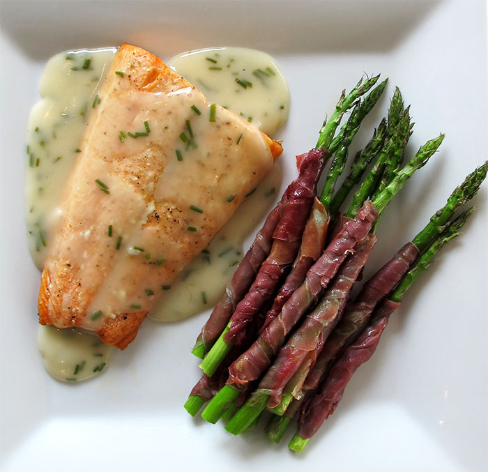 Salmon-White-Wine-Sauce