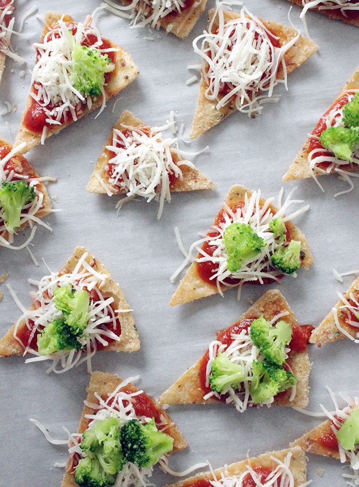 making-pizza-crackers
