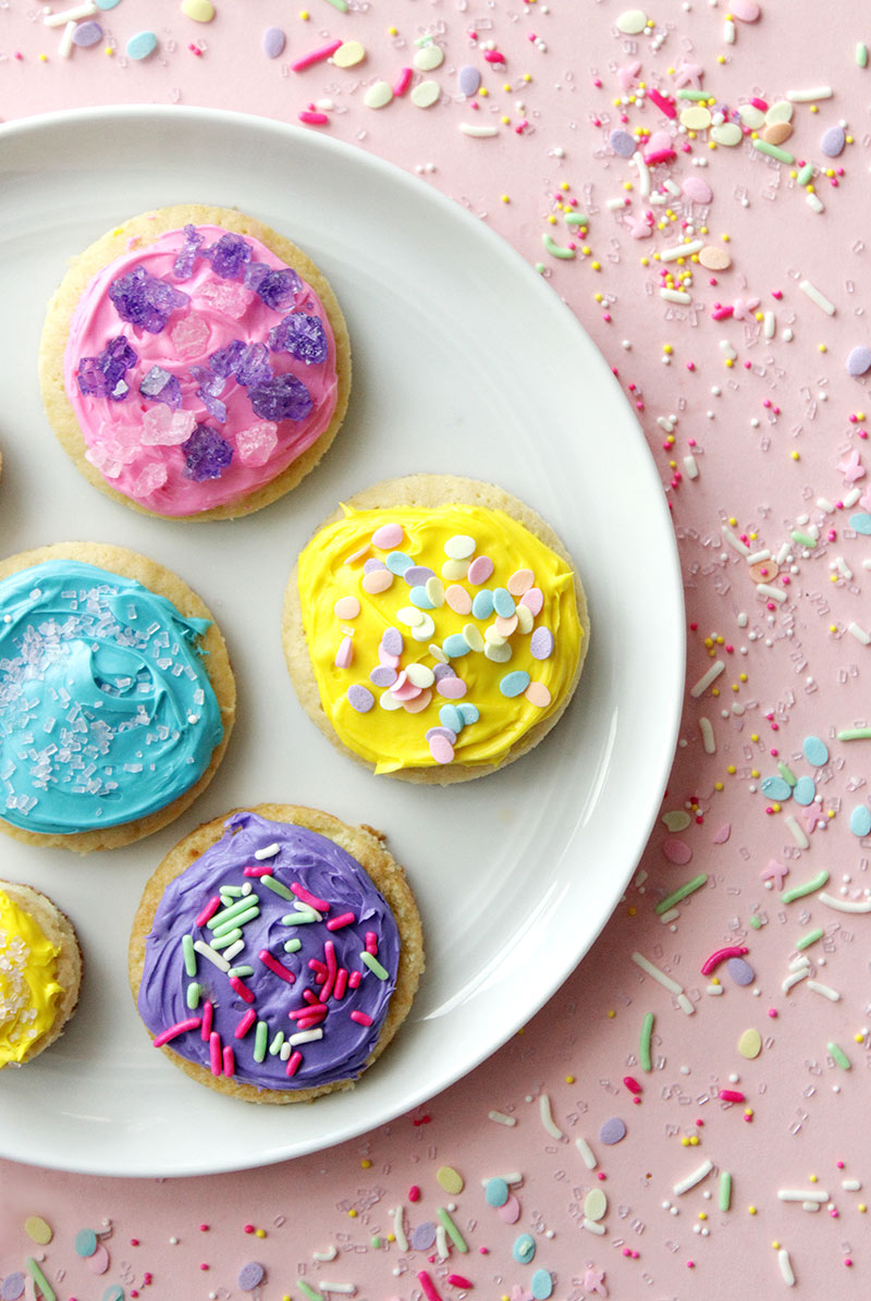 A recipe for Easter Sprinkle Sugar Cookies on Glitter and Bubbles.