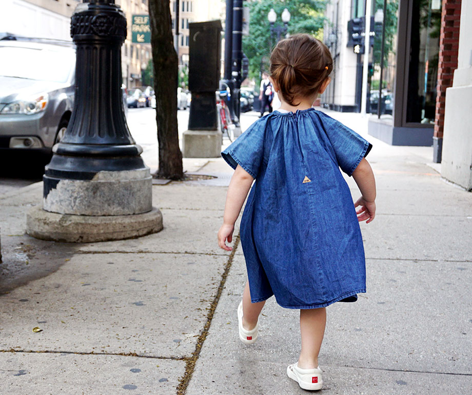 This is a Zelda Wears post by Glitter and Bubbles that features children's clothing from Mac & Mia.