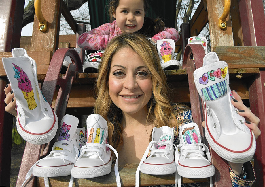 Lauren Lichtenstein is featured on Glitter and Bubbles as a Rad Mom.