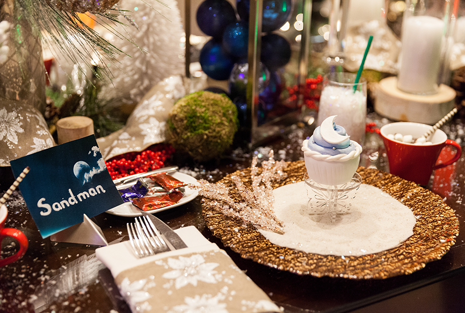A holiday place setting at the Swissotel.