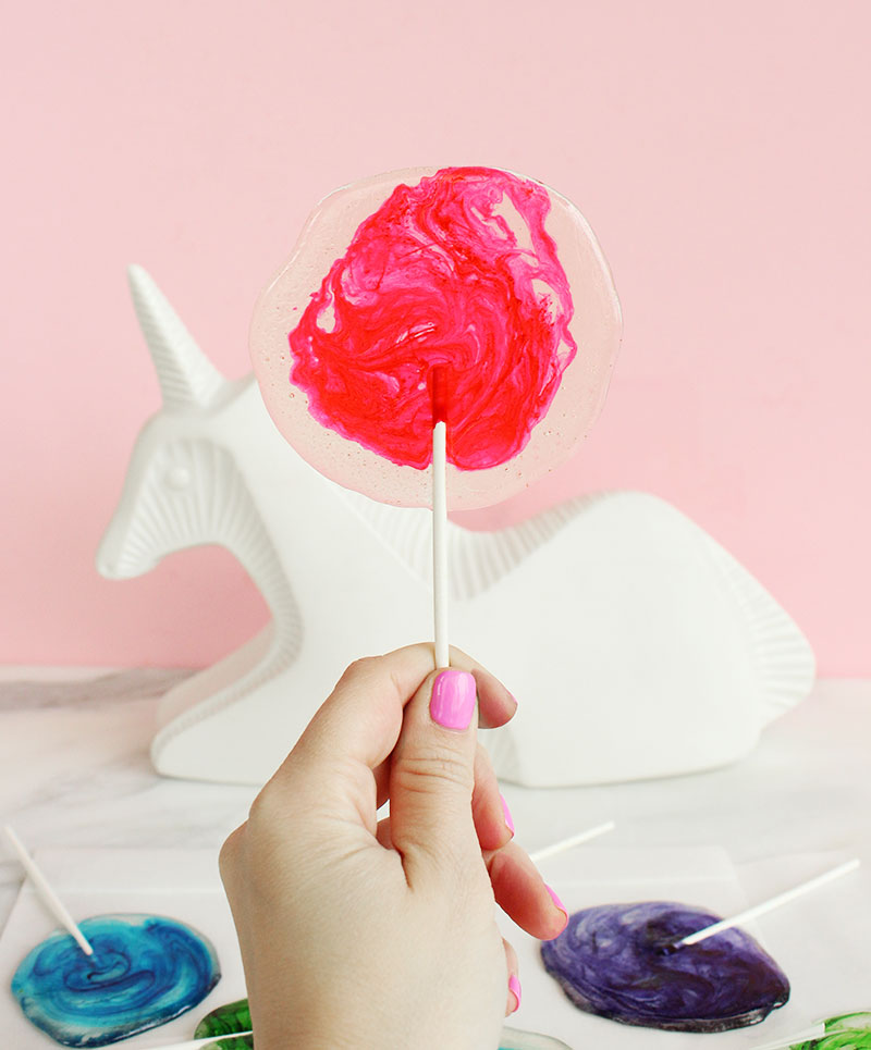 A simple recipe for tequila lollipops.