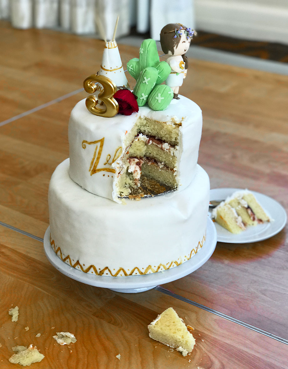 Zelda Swissotel three tiered cake.