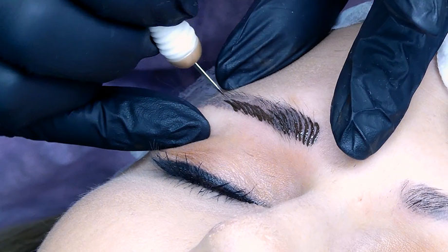Everything you need to know about eyebrow microblading.
