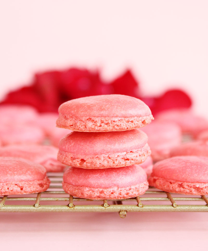 How to make French macaron cookies at home for Valentine's Day.