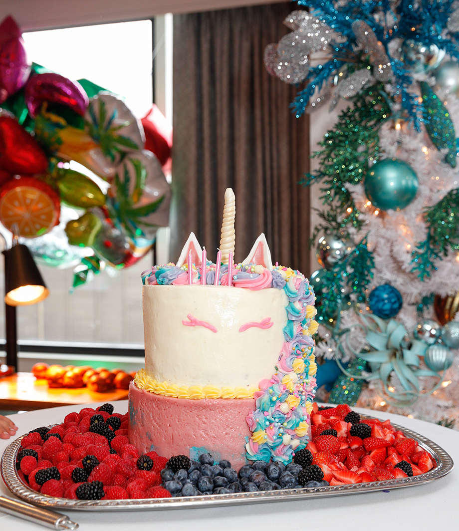 Zelda's unicorn birthday cake on Glitter and Bubbles.