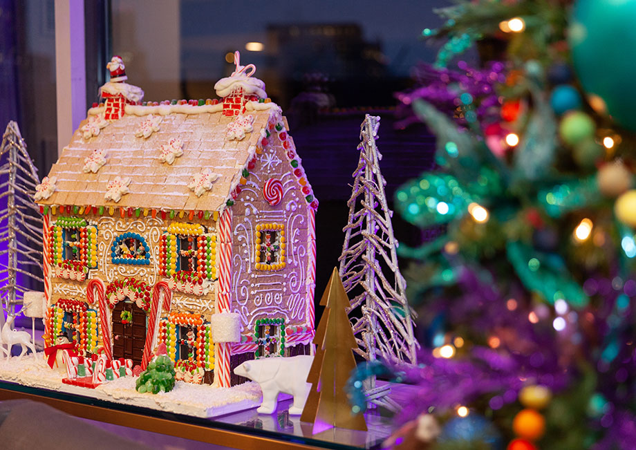 A gingerbread house in the Swissotel Santa Suite.