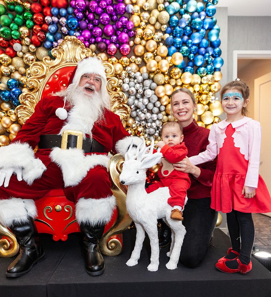 Zelda, Santa and friends visit the Swissotel Santa Suite on Glitter and Bubbles.