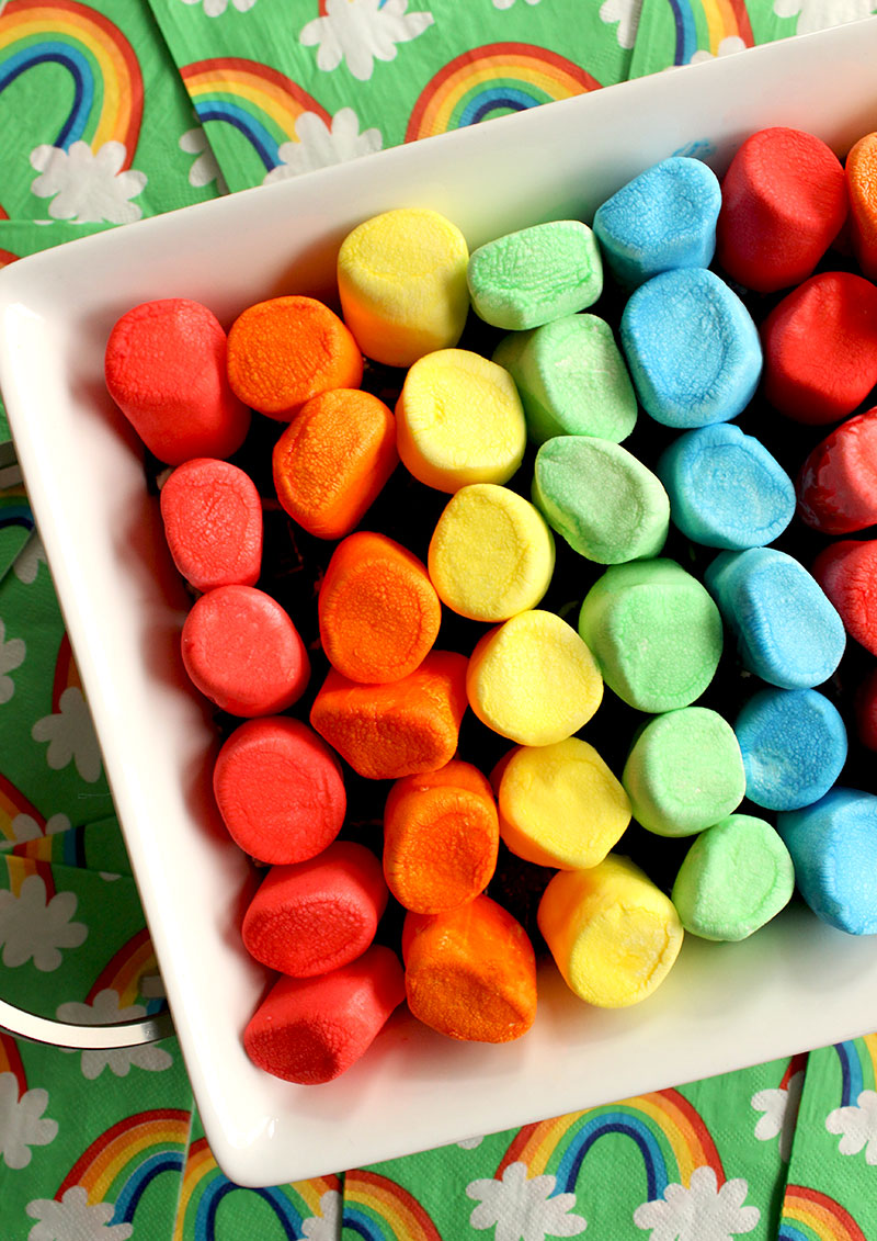 An easy recipe for Rainbow Dip by Glitter and Bubbles.