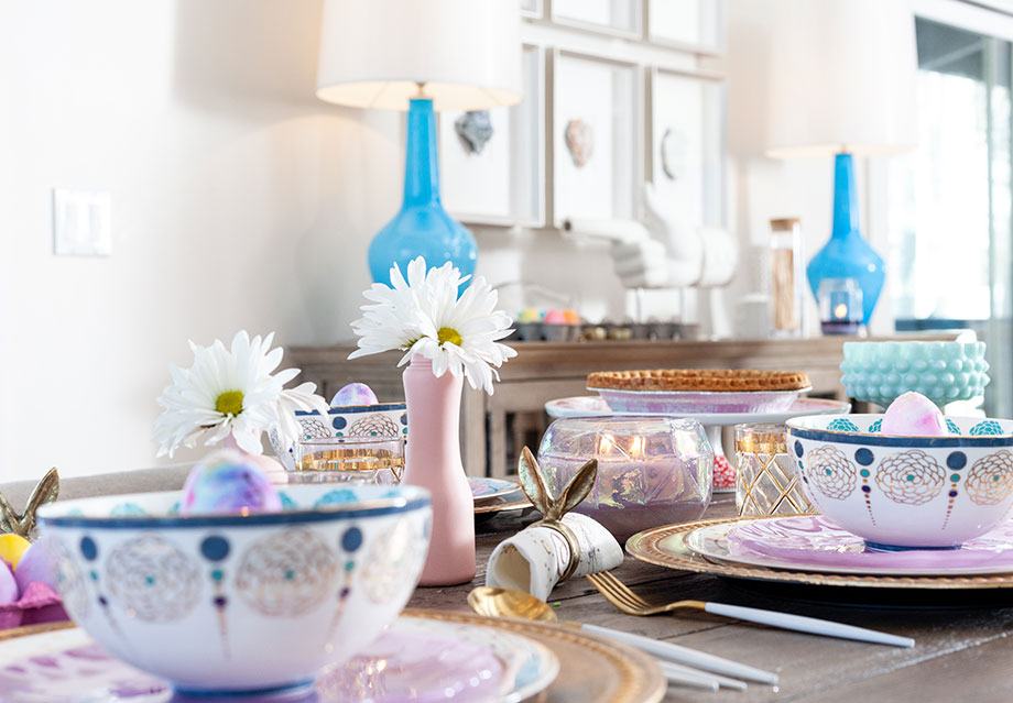 How to create the perfect pastel Easter table on Glitter and Bubbles.