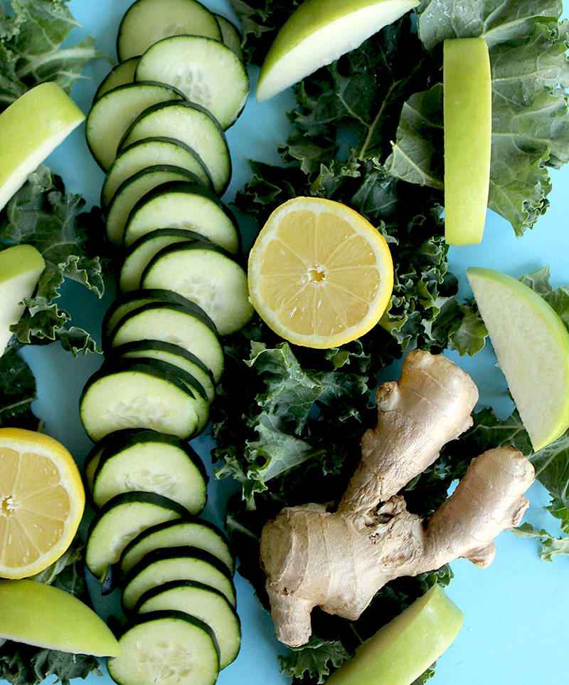 How to make a healthy green juice without a juicer.