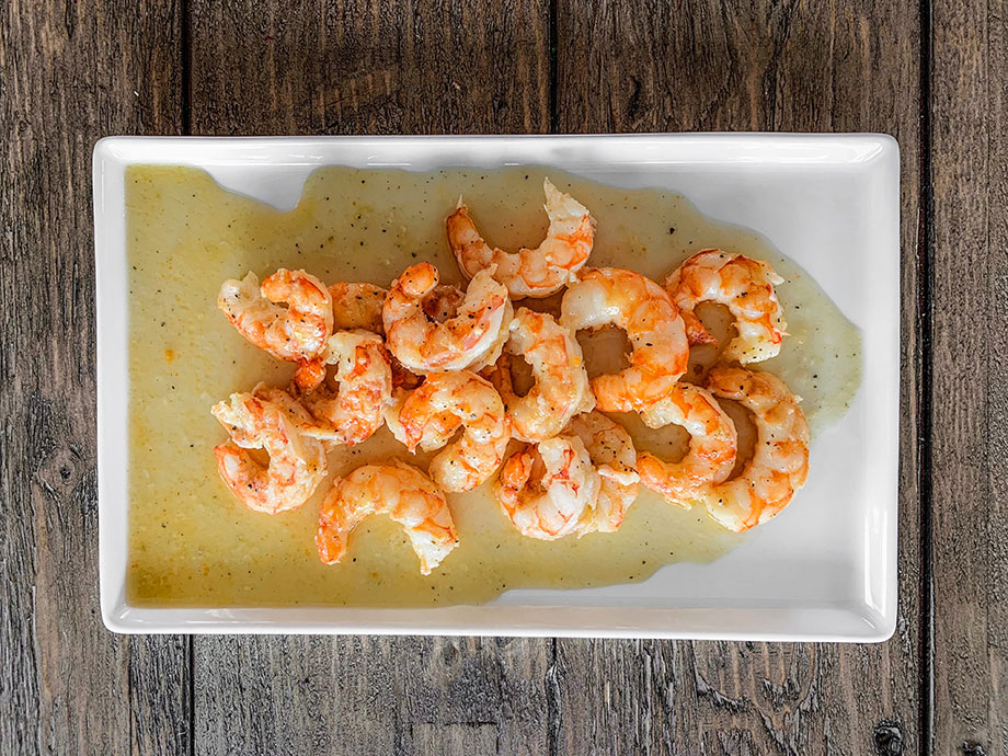 Corri McFadden shows you how to make delicious shrimp scampi at home.