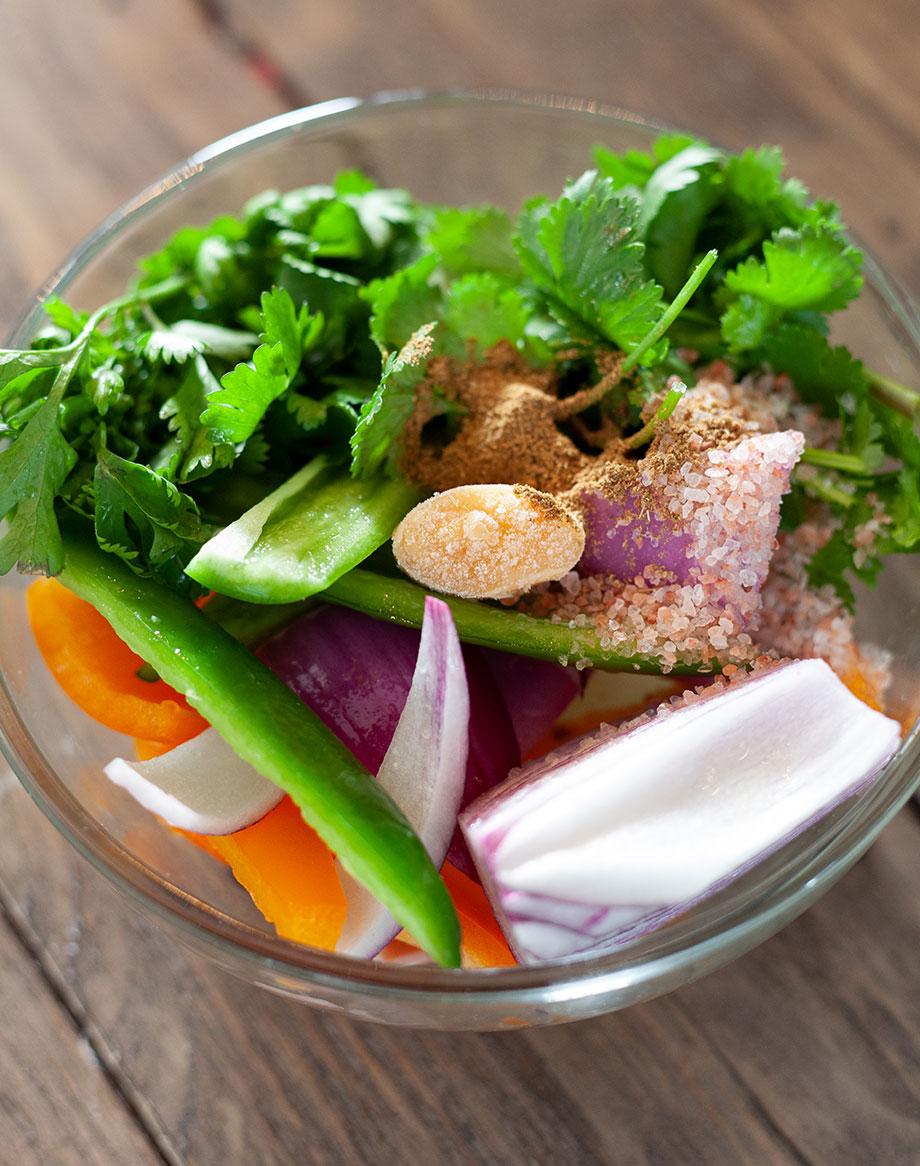 Veggies for the best Hawaiian Salsa.