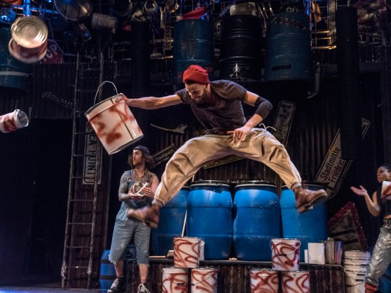 STOMP 2. Credit STOMP Productions