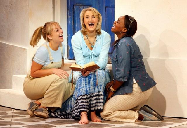 FLTR Gemma Marinus (Lisa), Carmen Pretorius (Sophie), Christel Booysen (Ali)