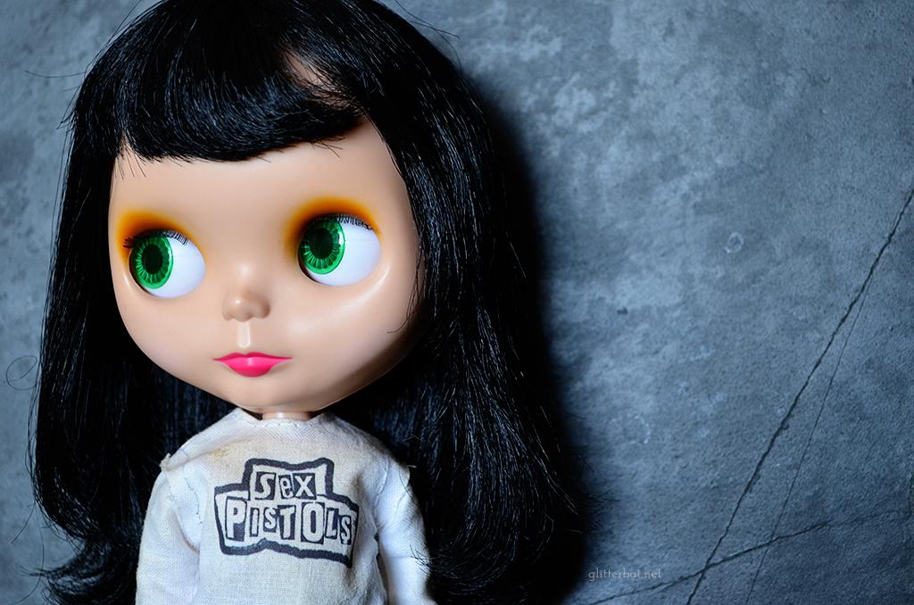 Pretty Vacant - Punk Goldie