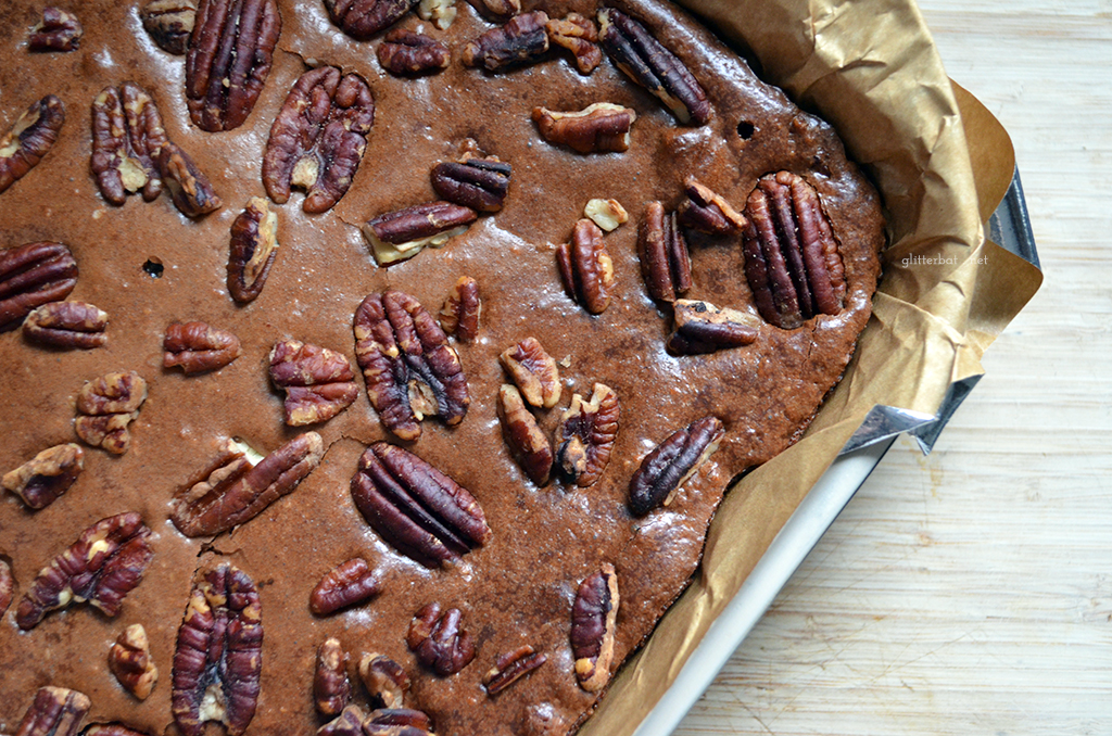 Amaretto Pecan Brownies