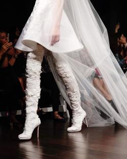 9 Standout Trends from Bridal Fashion Week