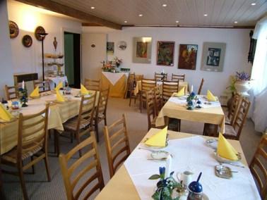 2. Etage-Seminar-Frühstücksraum