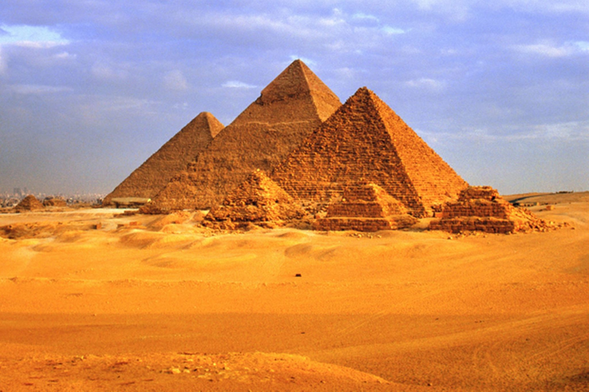 How Did The Ancient Egyptians Build The Pyramids