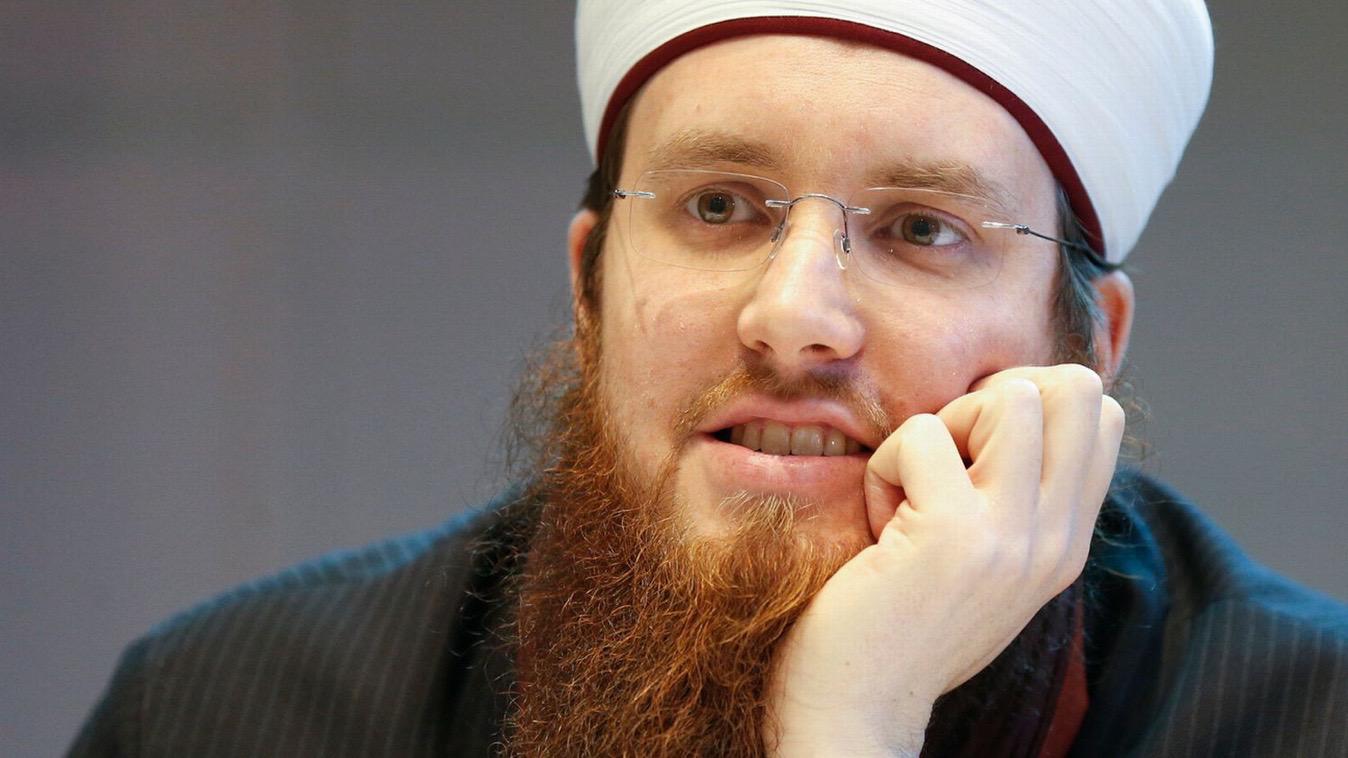 Frères musulmans en Suisse : après Nadia Karmous, le Qatar lâche Nicolas Blancho
