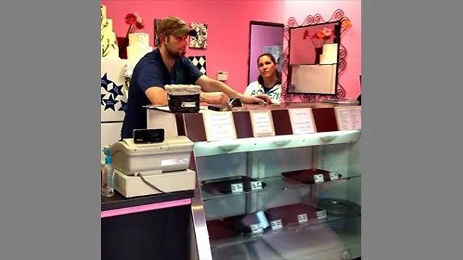 660-Sweet-Cakes-by-Melissa.jpg
