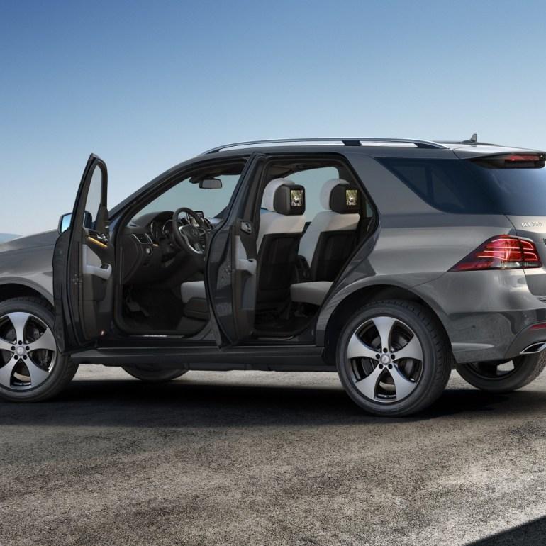 Auto leasing companies