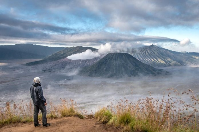 How To Hike Mount Bromo For Free Without A Tour With A Secret Path Map