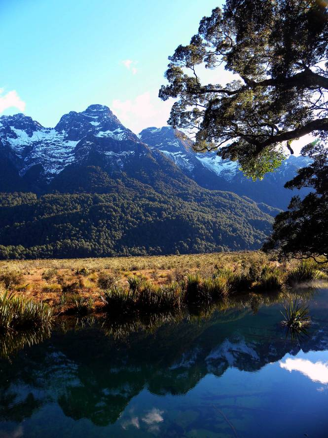 Mirror Lakes in Fiordland, a must-see national park