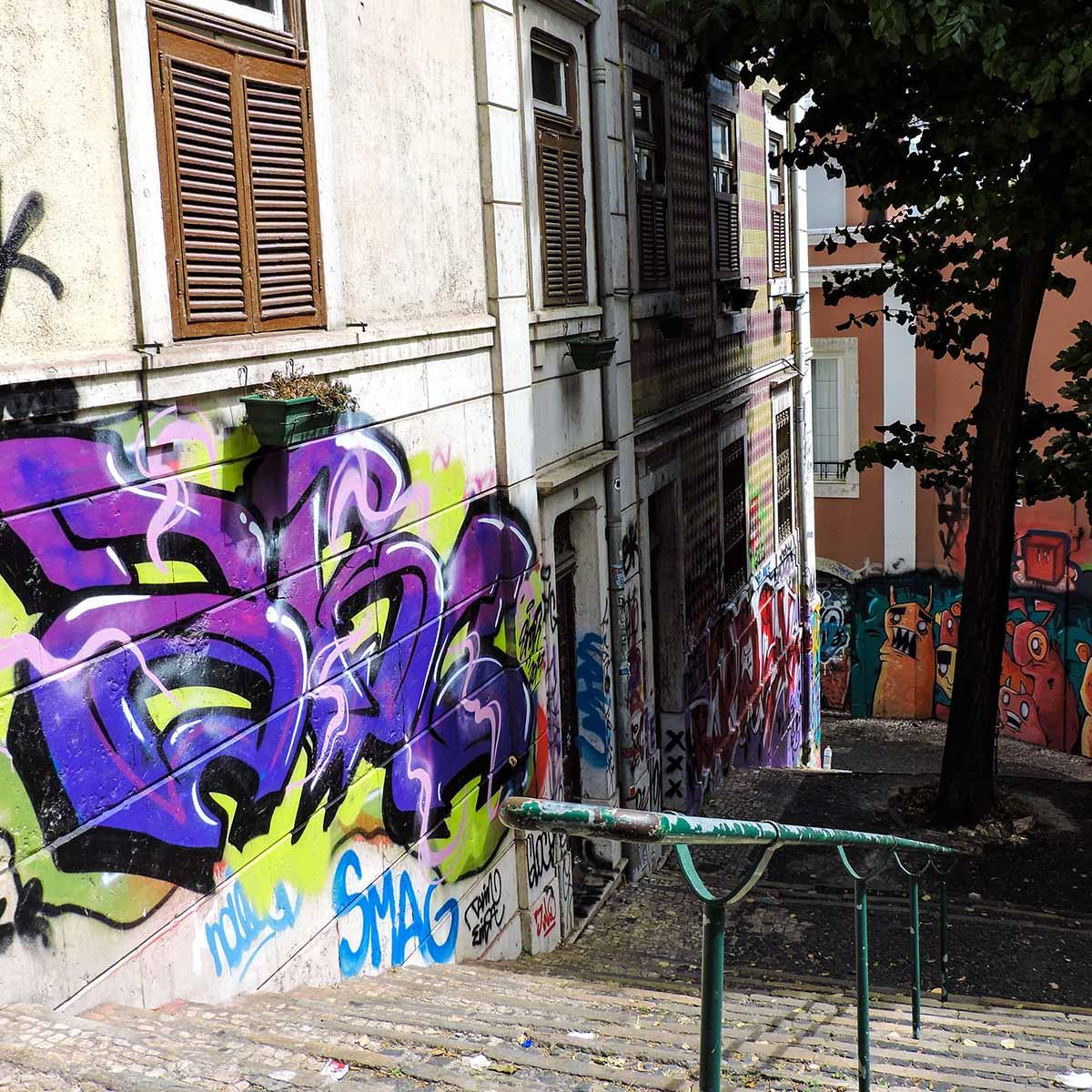 Bairro Alto graffiti'ed stairwell