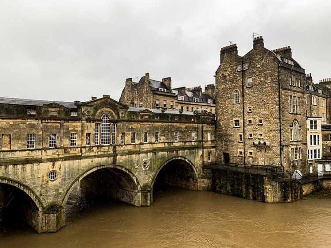 Pulteney Bridge in Bath on our UK road trip
