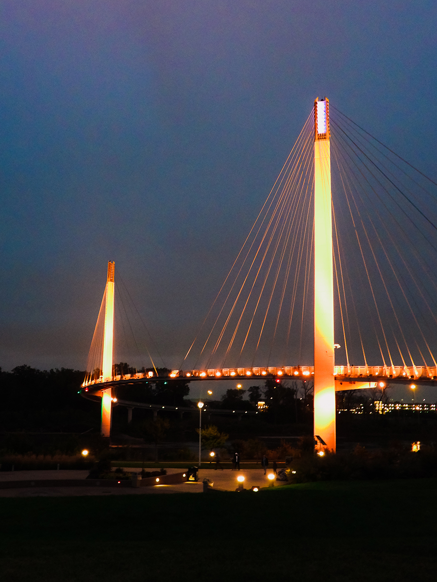 Bob Kerrey Bridge at night