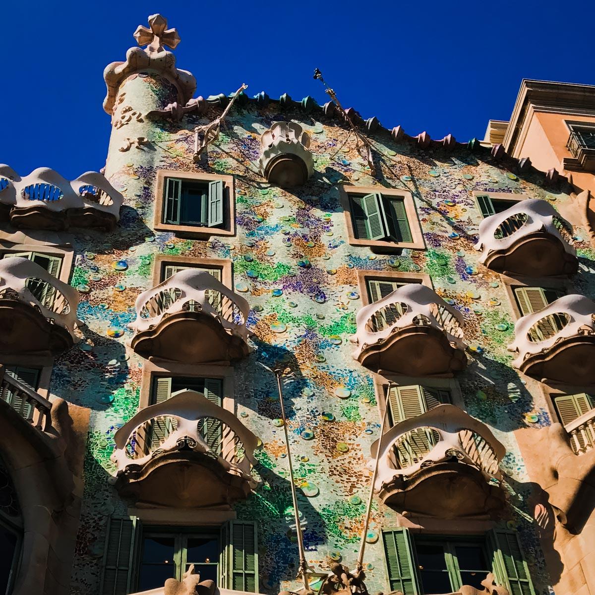 Casa Battlo facade