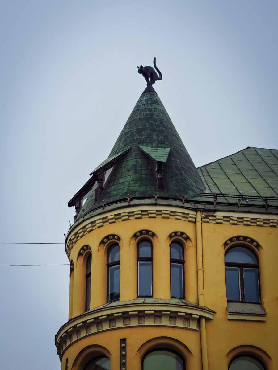 Riga cat house