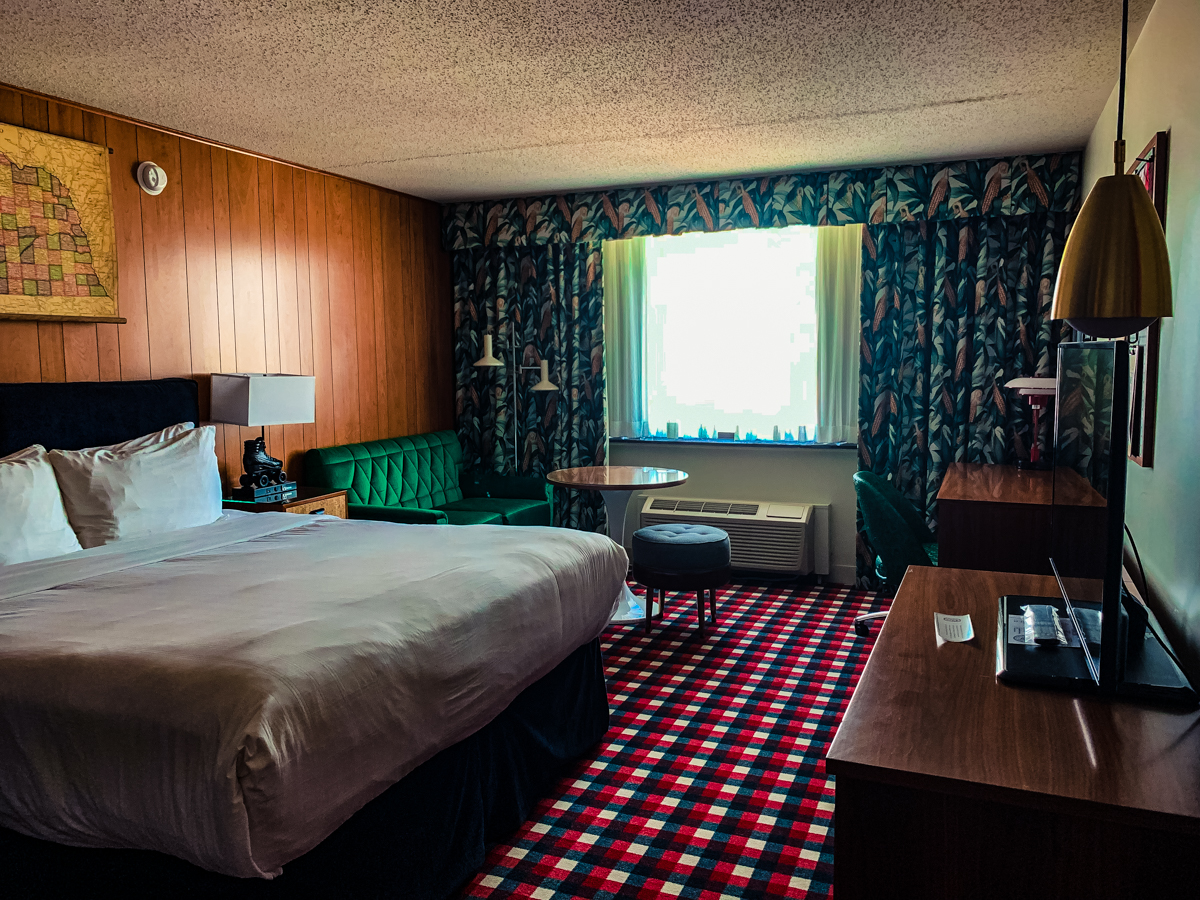 Overall room of the Graduate Lincoln