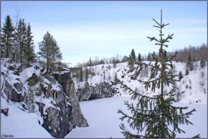 мраморный карьер зимой