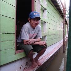 laosboatman230x230
