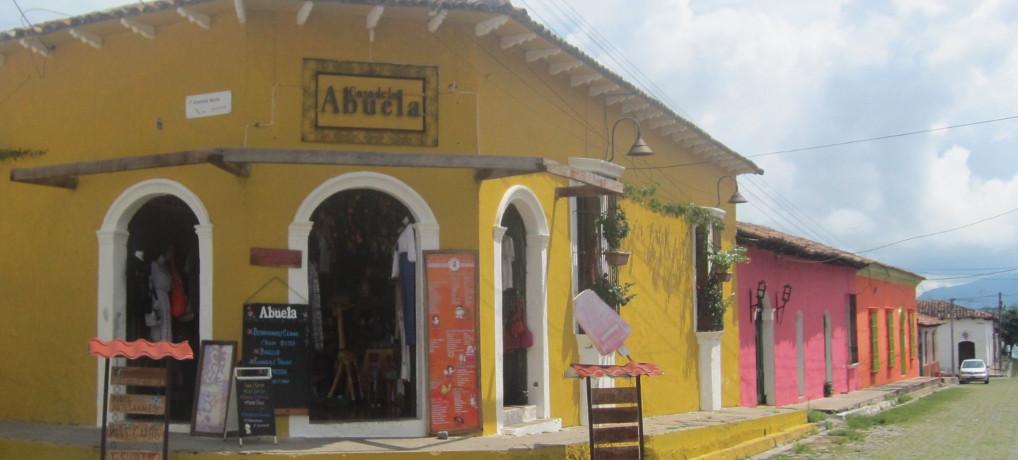 El Salvador's Suchitoto and Ruta de Las Flores