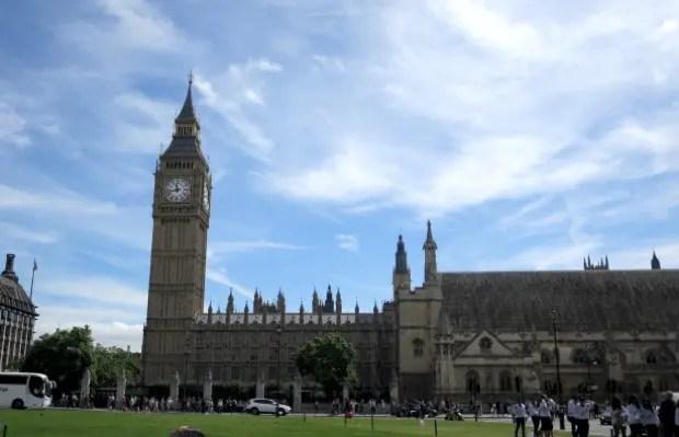 イギリス最古の大学発祥の地「オックスフォード」の重厚な街並は、海外大学の魅力に目覚めるきっかけとなるはず。