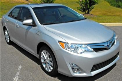Export New 2012 Toyota Camry Hybrid Xle Silver On Gray
