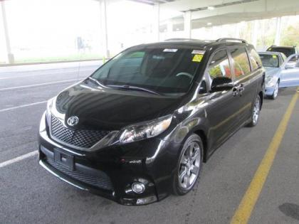 Export Used 2011 Toyota Sienna Se Black On Black