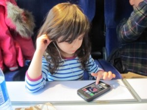 Today's BEST: Hipmombrarian's 10 Reasons Why I Will Continue to Give my Children Handheld Devices