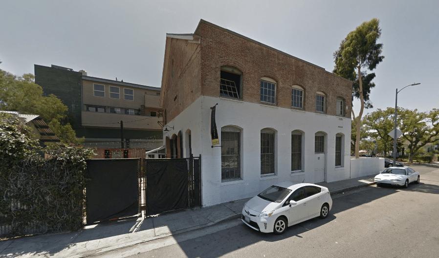 dom's-garage-sv.png